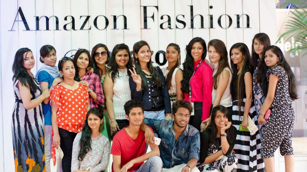 -IIAD student volunteers at Amazon India Fashion Week